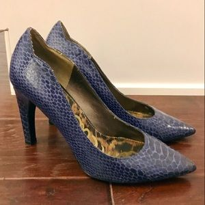 Sam Edelman blue snakeskin pumps